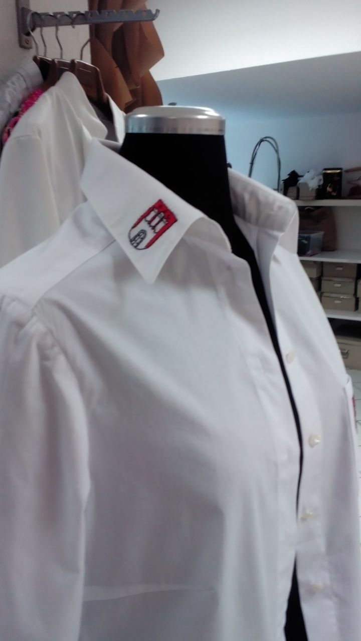 Uniformen für viele Personen Meisterschneider zu Hamburg